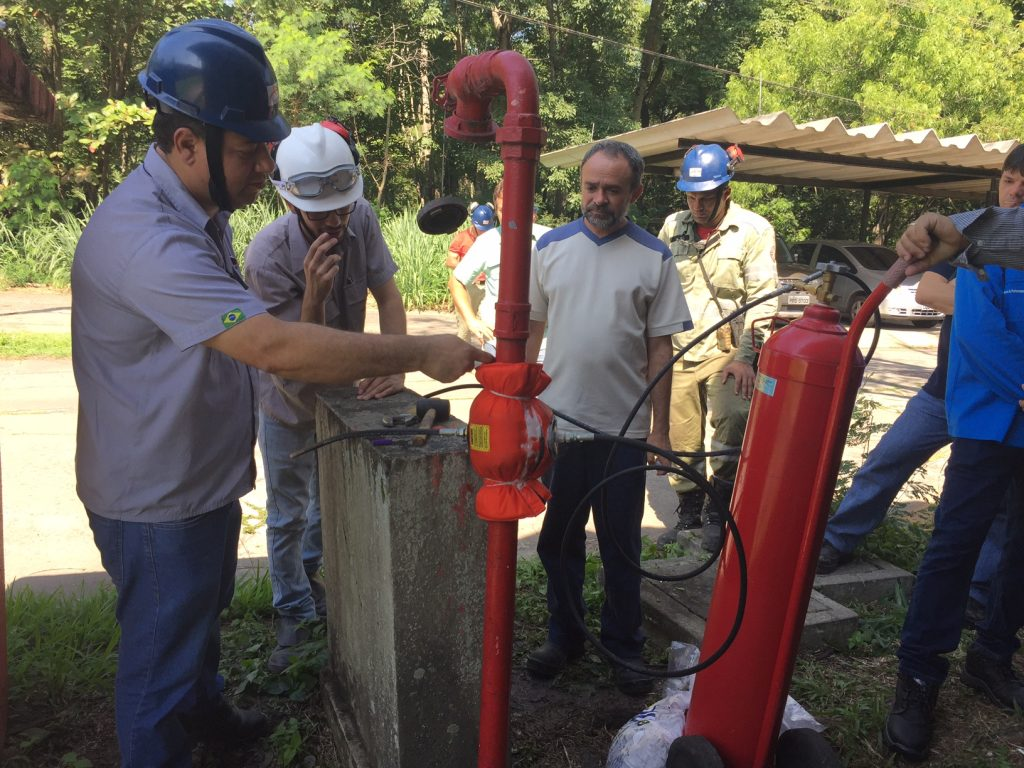 pipe freeze training qwik-freezer-brazil-6